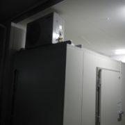 神奈川県茅ヶ崎市の「くら寿司」様 プレハブ冷蔵庫の新設工事