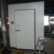 神奈川県藤沢市の某農家 プレハブ冷蔵庫の入れ替え工事