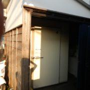 神奈川県鎌倉市由比ヶ浜の某料亭 プレハブ冷蔵庫 1坪の入れ替え工事