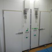 神奈川県横浜市保土ヶ谷区の某ステーキ店|プレハブ冷凍・冷蔵庫の新設工事