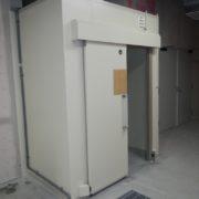 神奈川県横浜市みなとみらいの某銀行|銀行の研修施設内のゴミ庫冷蔵庫の新設工事