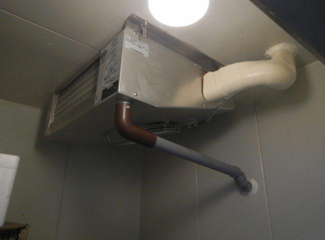 静岡県藤枝市の魚屋|プレハブ冷凍・冷蔵庫 冷却ユニットのサイクル交換