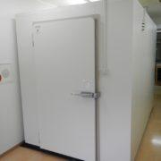 東京都渋谷区の「ベジコベジオ」様 プレハブ冷蔵庫の新設工事
