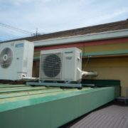神奈川県足柄郡大井町の某ファミリーレストラン プレハブ冷凍庫の冷却ユニットのサイクル交換