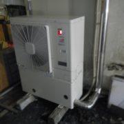 神奈川県三浦市の宿泊施設(某ホテル)|プレハブ冷凍庫の冷却機交換