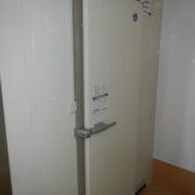 神奈川県横浜市の某パン屋|プレハブ冷蔵庫・冷凍庫の新設工事