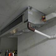 プレハブ冷凍・冷蔵庫の冷却機器の入れ替え工事
