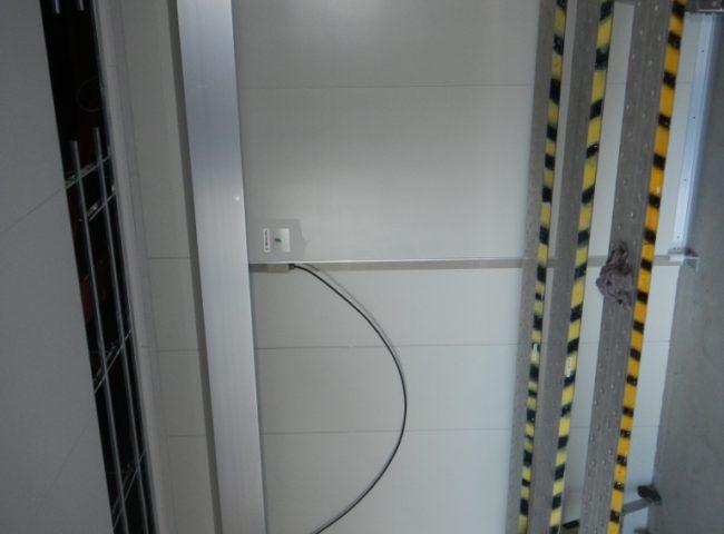 横浜市瀬谷区の油問屋|プレハブ冷蔵庫の新設工事