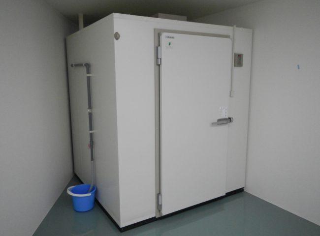 神奈川県川崎市の某香料屋|プレハブ冷蔵庫の移設工事