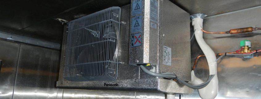プレハブ冷蔵庫・冷却機器の入れ替え工事
