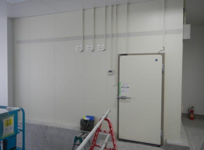 業務用プレハブ冷蔵庫の新設工事 神奈川県川崎市の某プロジェクト内の飲食店