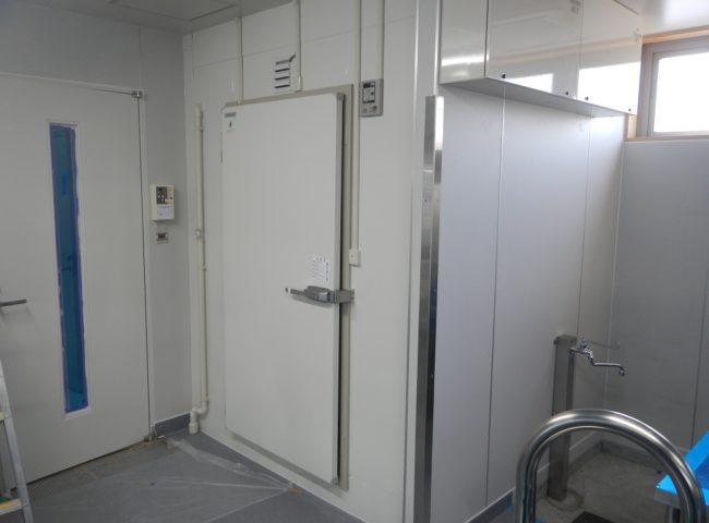 業務用プレハブ冷凍庫・冷蔵庫の新設工事 神奈川県横浜市西区の某食堂