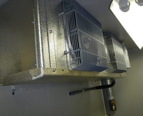 業務用プレハブ冷蔵庫のサイクル交換