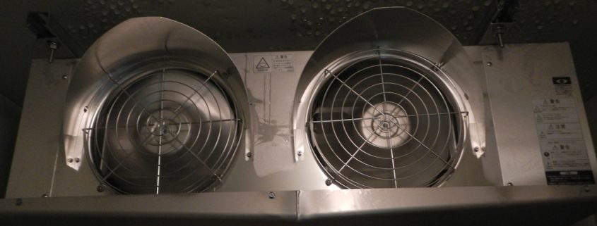 業務用プレハブ冷凍庫のサイクル交換工事