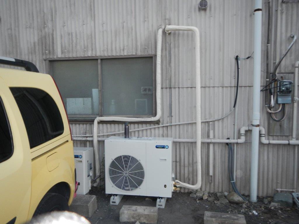 プレハブ冷凍・冷蔵庫の室外機
