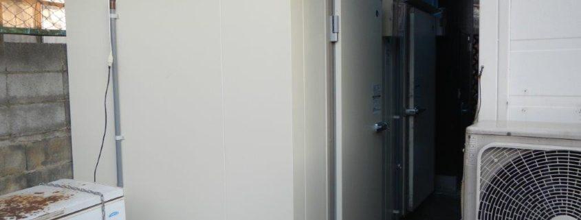 ホシザキ製の業務用プレハブ冷蔵庫