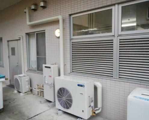 プレハブ冷凍・冷蔵庫のサイクル交換工事