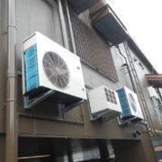 業務用プレハブ冷凍・冷蔵庫の新設工事|神奈川県横浜市のファミリーレストランで施工