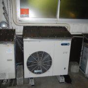 業務用プレハブ冷凍・冷蔵庫の新設工事 神奈川県大和市の中国物産店にて組み立て