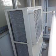 業務用プレハブ冷蔵庫の移設工事|神奈川県海老名市の資材メーカー工場にて施工